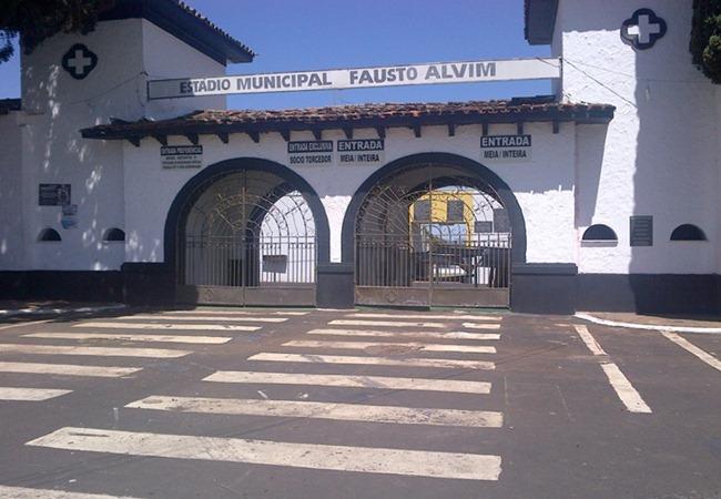 Foto_Estadio_158faustoalvim01.jpg