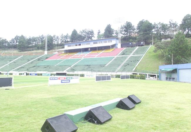 Foto_Estadio_168mariohelenio01.jpg