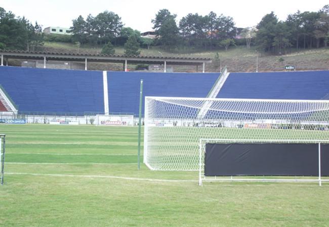 Foto_Estadio_168mariohelenio02.jpg