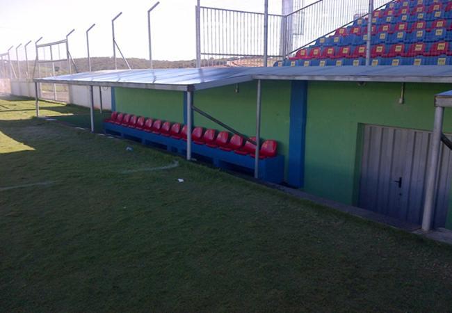 Foto_Estadio_172ZezePerrella02.jpg