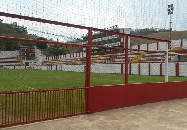 Foto_Estadio_180Almeidão02.jpg