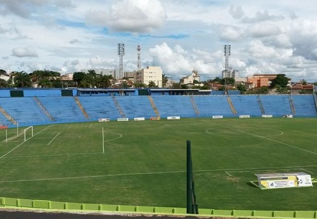 Foto_Estadio_182Uberabão01.jpg