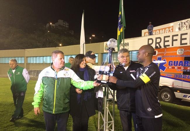 Tupi goleia Paysandu na primeira vitória pela Série B