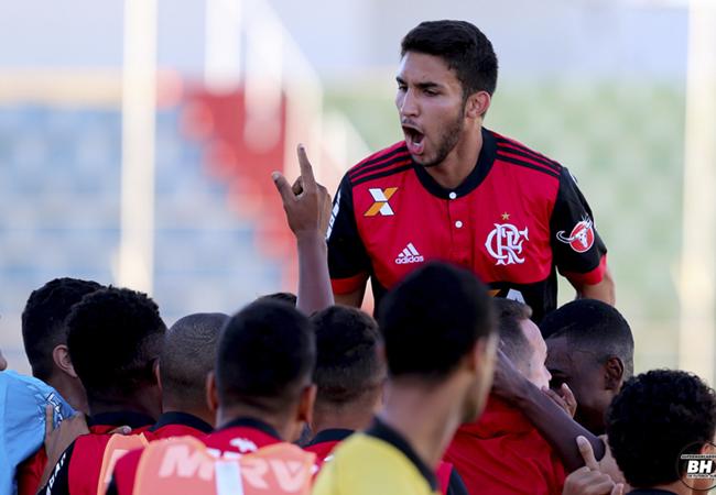 Flamengo supera Palmeiras e é finalista da Taça BH