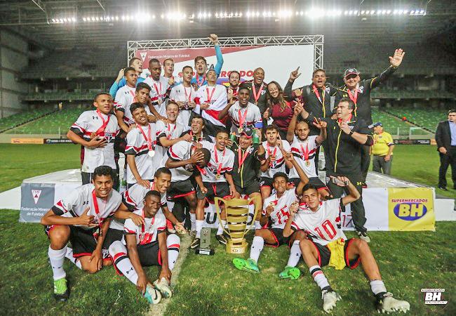 São Paulo é campeão da Taça Supermercados BH Sub-17!