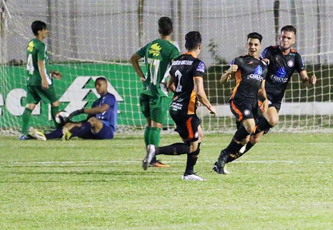 Quatro times ainda lutam pelo acesso na Segunda Divisão