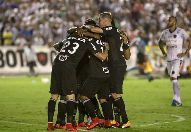 Atlético goleia na Paraíba e segue na Copa do Brasil