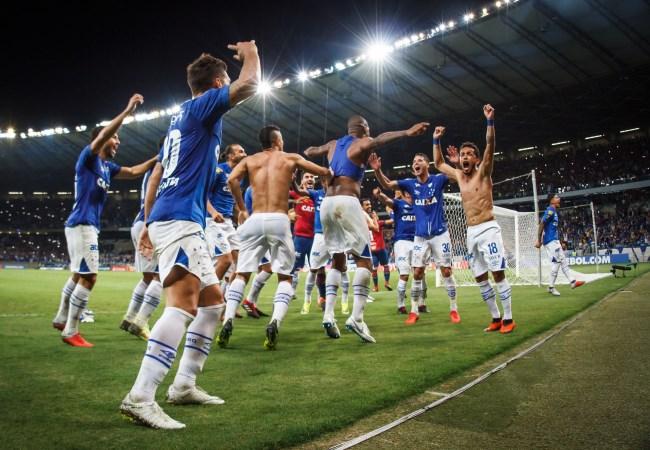 Cruzeiro avança na Libertadores