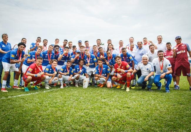 Cruzeiro fatura Mineiro Sub-15 na Toca I