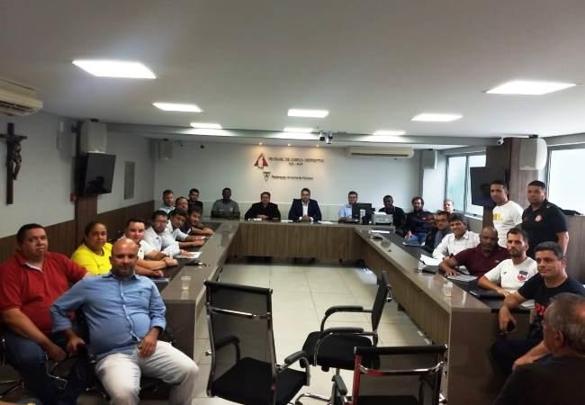 <h3>Conselho Técnico Mineiro sub-20</h3><div><div><br>O Campeonato Mineiro sub-20 da temporada 2020 terá início no dia 04 de abril. Serão 22 times, que se enfrentarão em turno único na fase de classificação, com previsão de encerramento par...